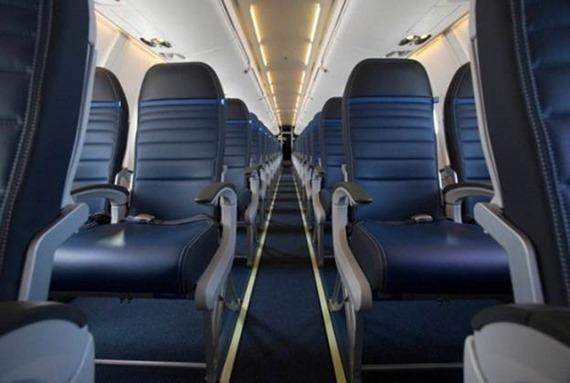 CRJ700 Economy Plus--Full Size