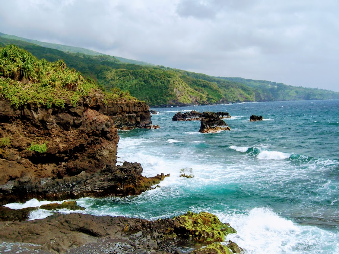 $386 to Hawaii round trip from anywhere in the US